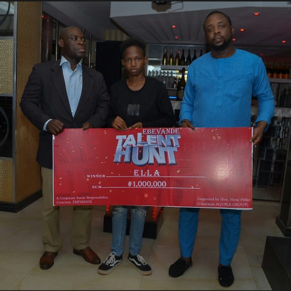Honourable yomi oke, Oyo State commissioner for youth and sports with the winner, Ella and Mr Alabi of EBVande nightclub